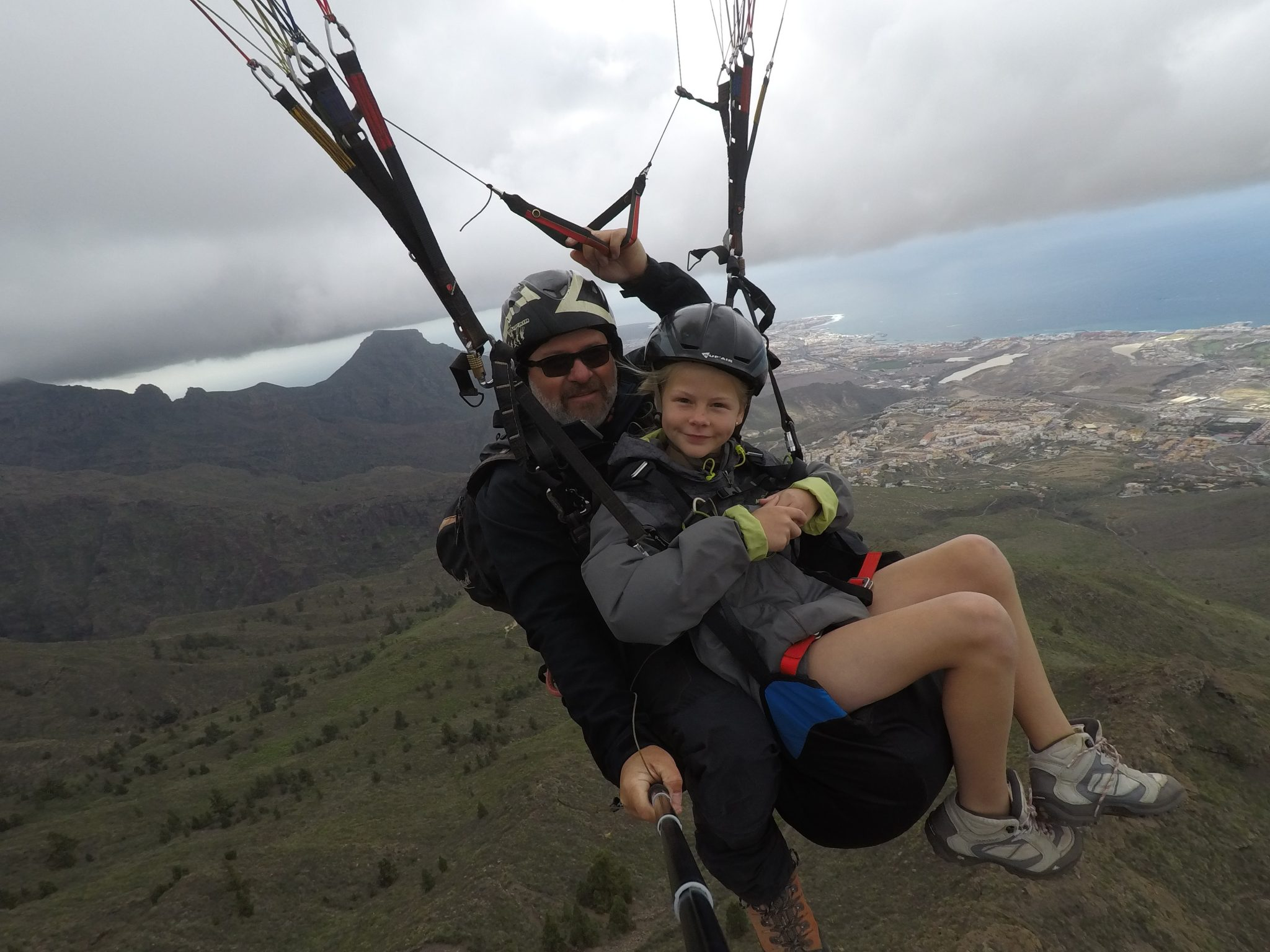 can-the-kids-try-paragliding