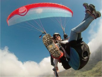 standard-paragliding-flight